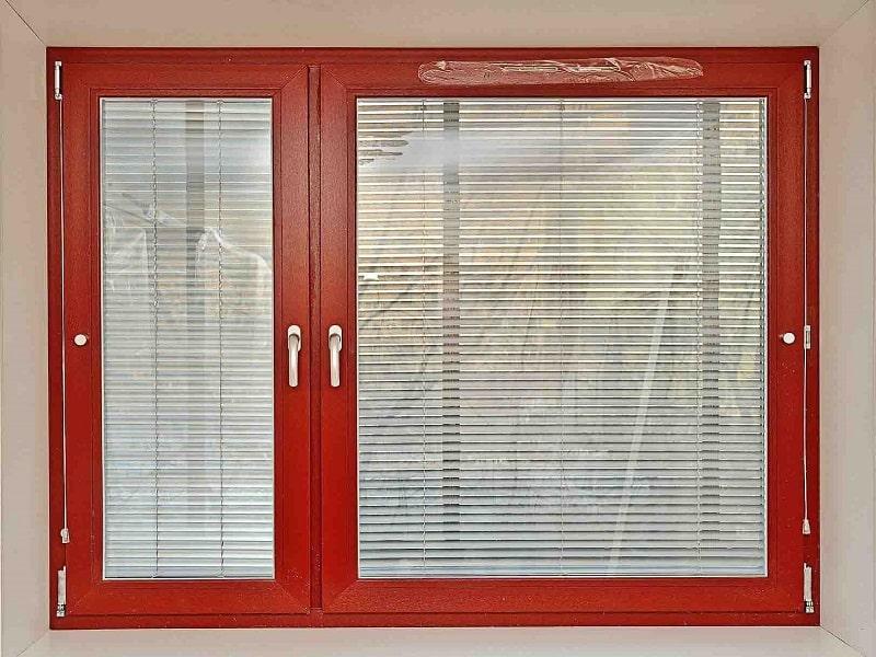 Межрамные жалюзи на деревянные окна