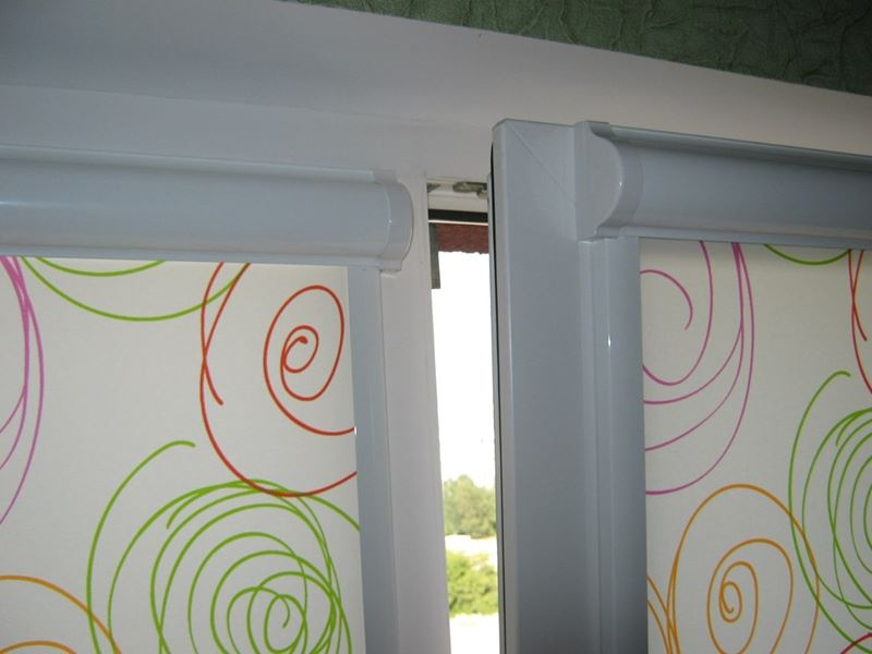 Шторы УНИ2 на пластивые окна