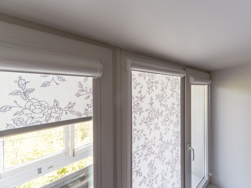 Рулонная штора Uni1