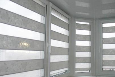 Рулонная штора Uni1 и Uni2 для балкона