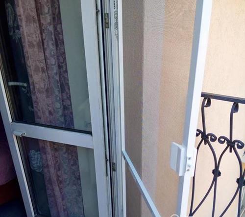 Москитная дверь Антикошка